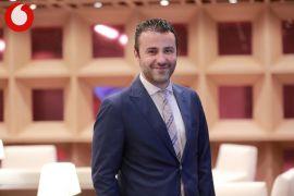 Canlı bilgi yarışması Oyna Kazan Vodafone Vitrin ailesine katıldı