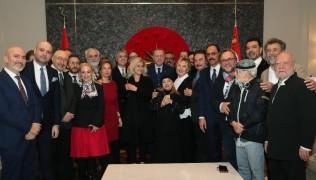 Sanatçılardan Cumhurbaşkanı Erdoğan'a doğum günü sürprizi