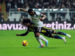 Spor Toto Süper Lig: Beşiktaş: 3  – Fenerbahçe: 0  (İlk yarı)