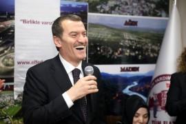 AK Parti Zeytinburnu Adayı Arısoy'a Cumhur İttifakı Gönüllülerinden tam destek