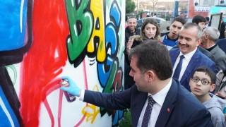 Avcılar'da bağımlılığa 'grafiti' ile farkındalık