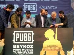 Beykoz Belediye Başkan Adayı Murat Aydın, oyun turnuvasına katılıp PUBG oynadı