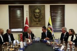 Binali Yıldırım, Fenerbahçe Spor Kulübü'nü ziyaret etti