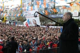 """Cumhurbaşkanı Erdoğan: """"Gebze – Halkalı banliyö tren hattı eskiden 185 dakikada kat edilen bir mesafe iken şimdi 115 dakikaya inerek İstanbullulara net 1 saat 10 dakika kazandıracak"""""""