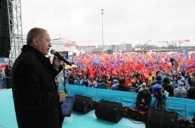"""Cumhurbaşkanı Erdoğan: """"Sınırlarımıza da saldırsalar, bayrağımıza da saldırsalar, ezanımıza da saldırsalar bu millete diz çöktüremeyecekler"""""""