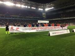 Fenerbahçe-Sivasspor maçında Çanakkale pankartı