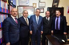 Hayati Yazıcı ve Fatih Belediye Başkan Adayı Turan esnaf ziyaretlerinde bulundu