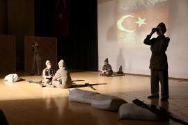 İhlas Kolejinde Çanakkale Şehitleri anıldı