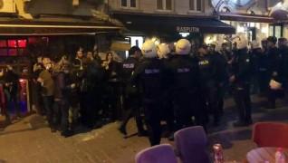 İstiklal Caddesi'nde dağılmayan gruba polis müdahalesi