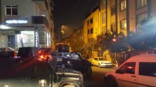 Sultangazi'de kaldırıma bırakılan EYP patladı