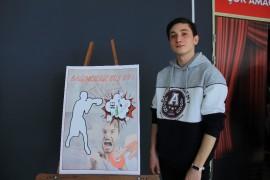 Yeşilay Haftası dolayısıyla yapılan yarışmada dereceye giren öğrenciler ödüllendirildi