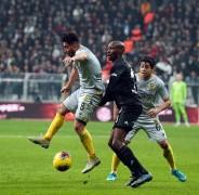 Beşiktaş karavana attı