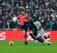 Süper Lig: Beşiktaş: 0 – Yeni Malatyaspor: 0 (İlk yarı)
