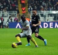 Süper Lig: Beşiktaş: 0 – Yeni Malatyaspor: 2 (Maç sonucu)