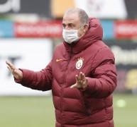 Galatasaray, günü çift idmanla tamamladı