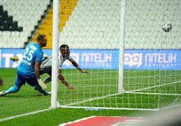 Süper Lig: Beşiktaş: 1 – Fraport TAV Antalyaspor: 0 (İlk yarı)