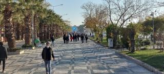 Silivri'de sosyal mesafe hiçe sayıldı
