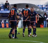 Süper Lig: Medipol Başakşehir: 2 – Denizlispor: 0 (İlk yarı)