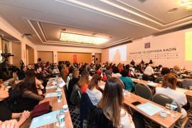 Maltepe'de 440 kadına danışmanlık hizmeti verildi